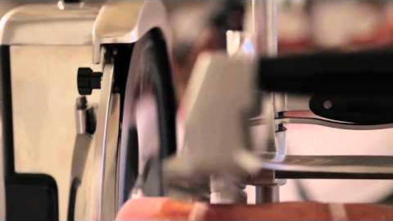 Video Tutorial: Preparare e affettare il Prosciutto di Parma